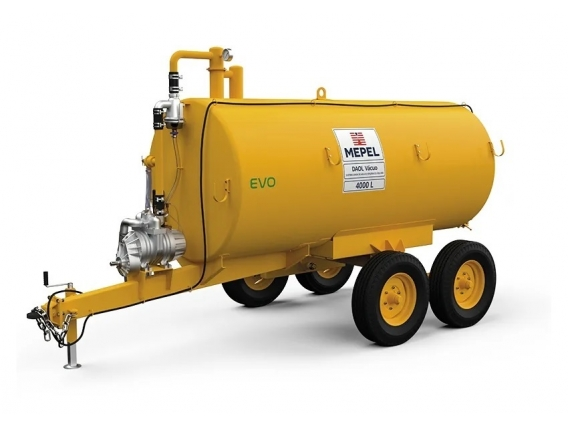 Distribuidor de fertilizantes orgánicos 4000 Tandem Vacuum Mepel
